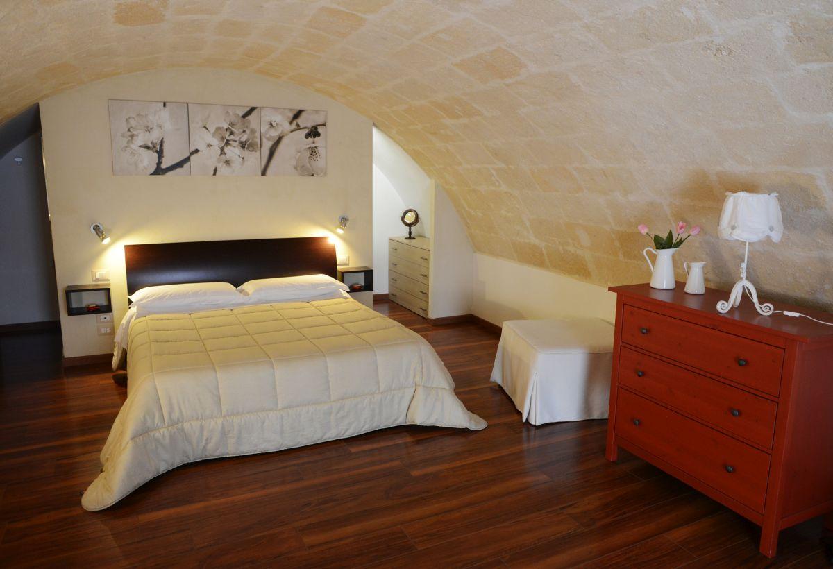 gallery foto la-casa-dei-nonni-casa-vacanze-b&b-camere-dormire-sassi-di-matera-basilicata (28)